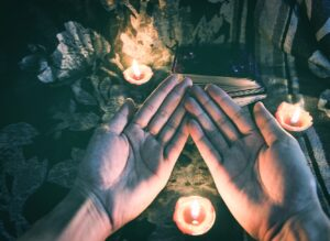 Understanding What You Can Expect From Your First-Ever Tarot Reading